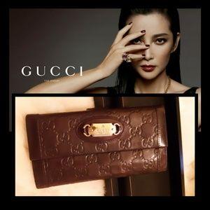 Gorgeous GUCCI Wallet!👑